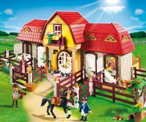 Großer Playmobil Reiterhof